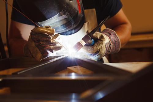 为什么焊接不锈钢一定要用氩弧焊